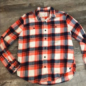 Men's Large American Eagle Heritage flannel.